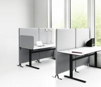 Pomocí zvukově-izolačního jádra (třídy A) a textilie v různých barvách, vytváří příjemné pracovní prostředí
