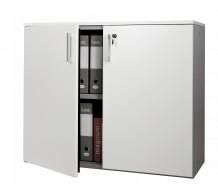 nosná konstrukce z oceli ( boky a vnitřní police ) Zajišťuje uvnitř bezpečné uložení všech dokumentů