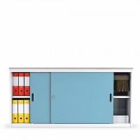 Do skříně lze vložit výsuvný rám na závěsné složky. Složky jsou tak  po vysunutí pohodlně přístupné