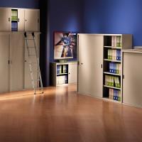 Skříně Archivazione se nabízí v několika praktických výškách. Vytvořte si tak úložné a zároveň praktické odkládací plochy