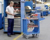 NC systémy pro ukládání a přepravu navrhnuté společností LISTA vám poskytují perfektní řešení pro logistiku vašich nástrojů. Nejen profesionální optimalizované skladné uložení pro vaše obráběcí a řezné nástroje, ale také bezpečný způsob jejich přepravy.