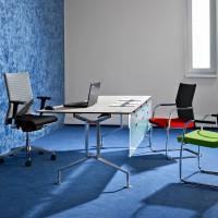 Kancelářskou otočnou židli je možné doplnit o přísedící modely ve stejném designu, které dodají místnosti uklidňující a jednotný vzhled