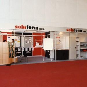 Společnost byla založena v roce 1992 českými a německými společníky při první bankovní výstavě FIBEX  se záměrem na navrhování interiérů a vybavování bank organizačním nábytkem